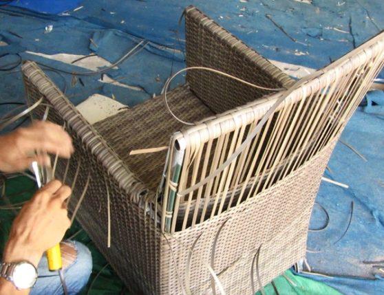 Hướng dẫn cách đan ghế giả mây ngoài trời tại xưởng đan mẫu Minh Thy Furniture