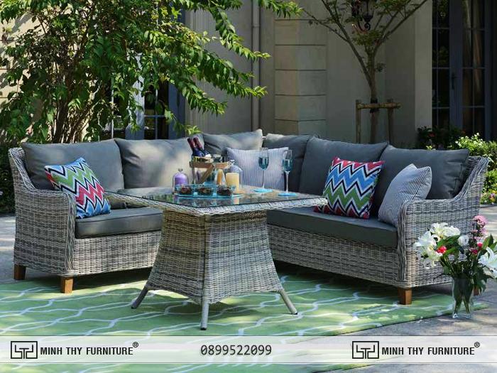 Sofa mây nhựa phòng khách khắc họa thêm màu sắc cho không gian sống