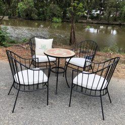 bàn ghế sắt nghệ thuật ngoài trời