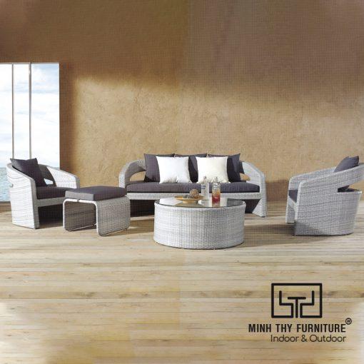 ghe sofa may nhua MT1A4