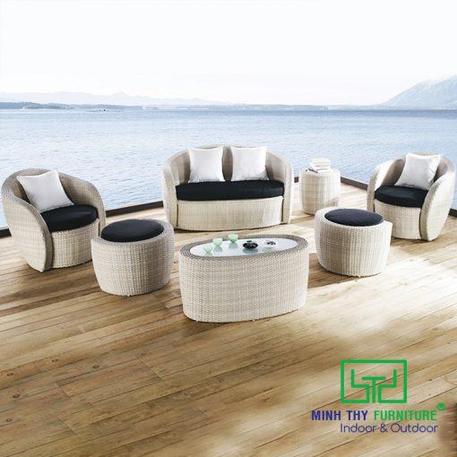 sofa nhua gia may MT1A1 1